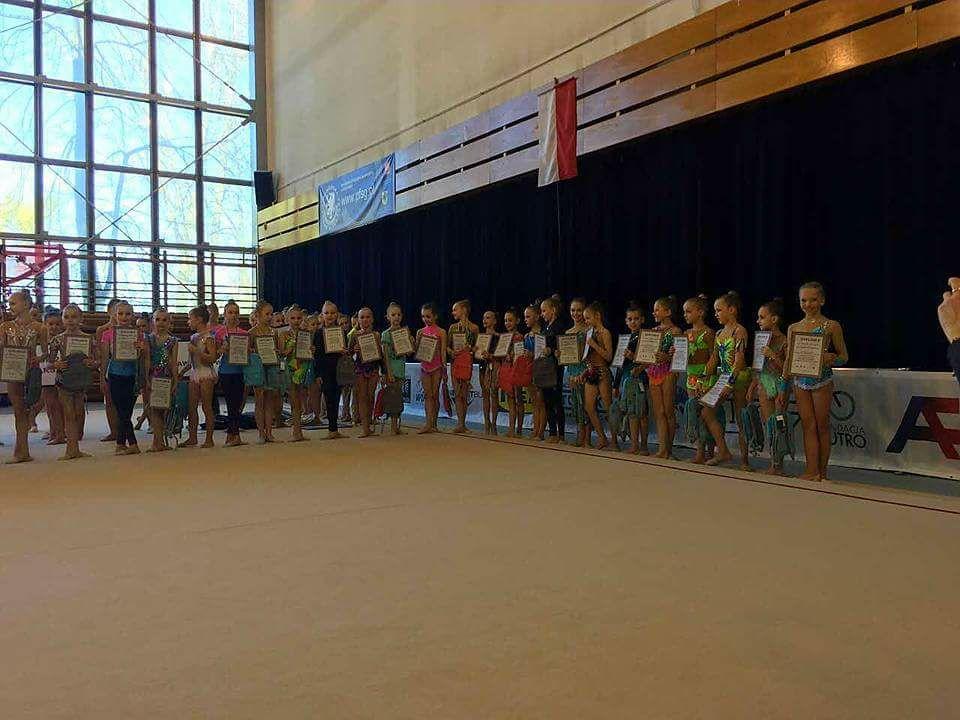 Zdjęcie grupowe - eliminacje OOM i Drużynowe MP Juniorek KL. III